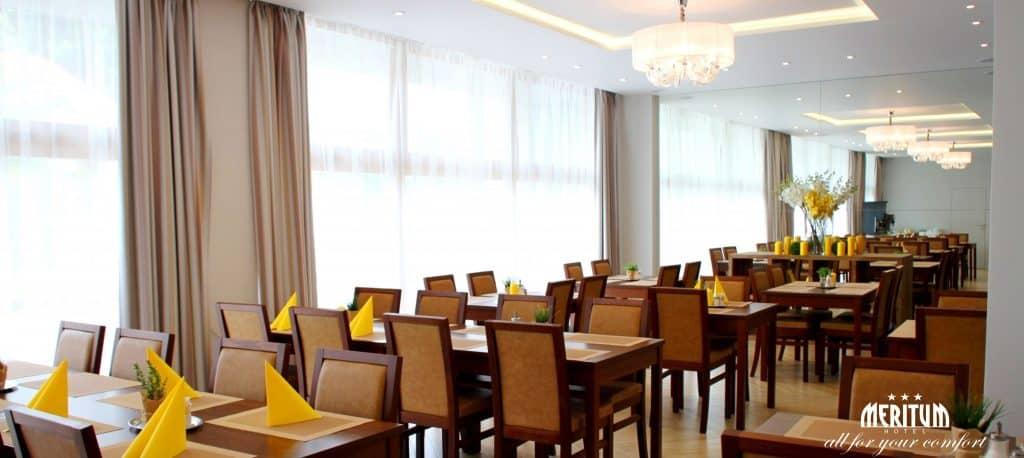 Snídaňová restaurace Hotelu Meritum pro Konference či Rodinné oslavy