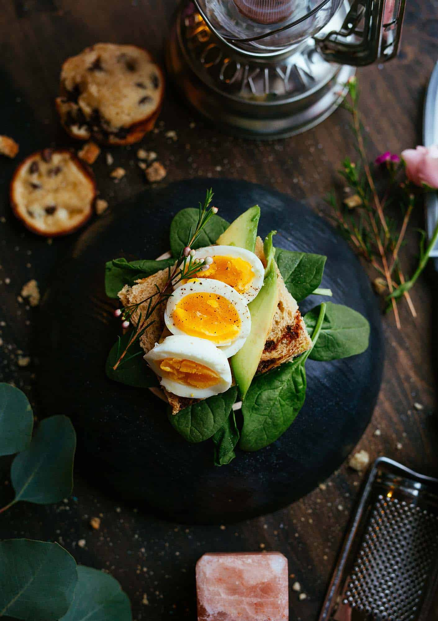 Broccoli & Quinoa Salad Dish
